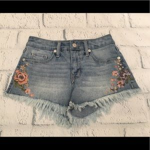 Cute floral embroidered jeans